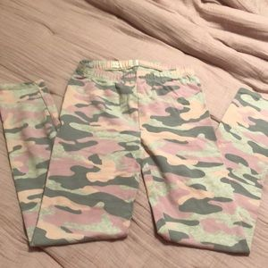 Gap Kids Camo Pants - Size XXL (14-16)